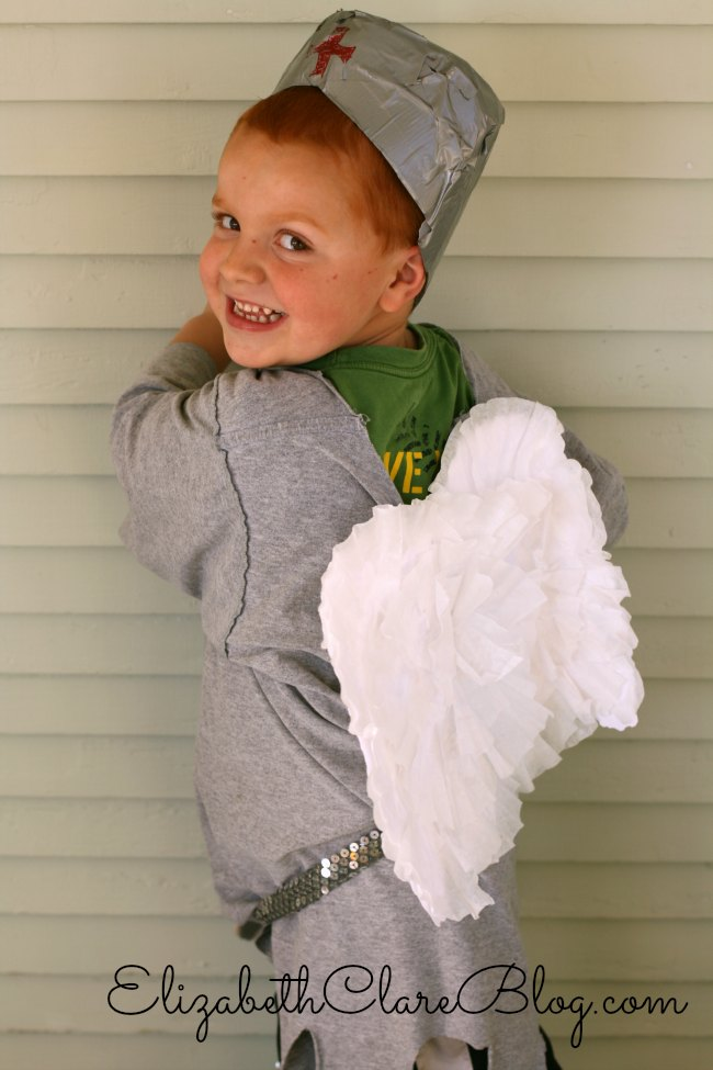 What a cute way to make wings (DIY)! Great St. Michael All Saints' Costume